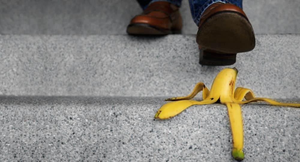 lesiones por caídas en lugares públicos