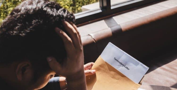 ¿Cómo Identificar un Despido Injustificado en Estados Unidos?