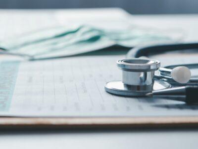 ¿Cómo funciona el apoyo económico por enfermedad en Nueva York?