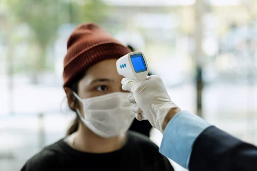 Conozca los Pronósticos Sobre el Coronavirus y las Tasas de Desempleo para 2021