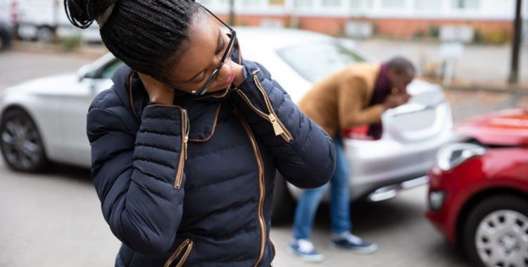 Cómo Calcular una Compensación por un Accidente de Auto en California