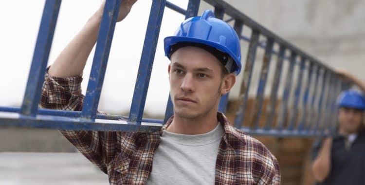 Cómo Acceder a la Ayuda para Trabajadores Indocumentados en New York