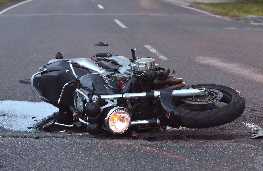 ¿Cómo Debo Actuar Ante un Accidente de Moto?