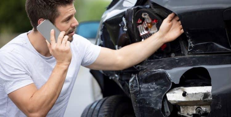 ¿Por qué Debo Contratar un Abogado en Caso de un Accidente de Auto?