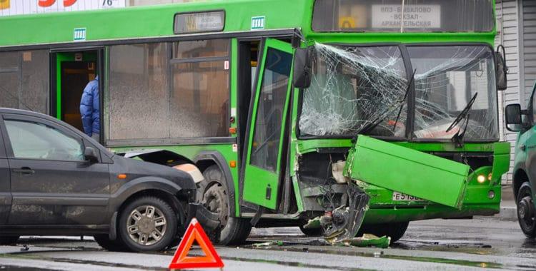Cómo Actuar en un Accidente en Transporte Público