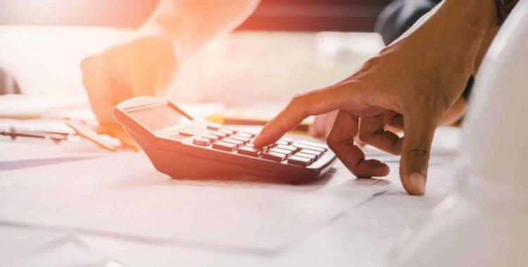 ¿Cómo Calcular una Compensación por Accidente de Trabajo?